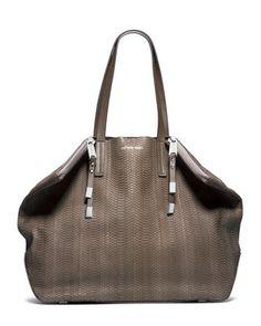 Michael Kors Large Harlow Shoulder Bag.