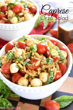 Caprese Orzo Salad ~ a vibrant summer pasta salad featuring juicy tomatoes, creamy balls of mozzarella, and ribbons of fresh basil, all topped off with a flavorful balsamic vinaigrette! | FiveHeartHome.com Pesto Pasta Salad, Greek Salad Pasta, Summer Pasta Salad, Easy Pasta Salad, Summer Salads, Soup And Salad, Caprese Pasta, Salad Bowls, Side Dish Recipes