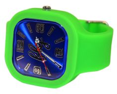 Fly watches pays tribute to the Seahawks with this awesome mix of our Glamorous Green band, Blissful Blue face and rings.