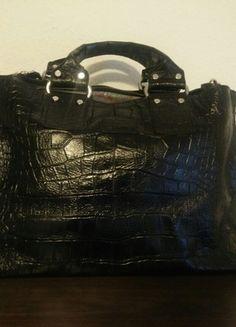 Kaufe meinen Artikel bei #Kleiderkreisel http://www.kleiderkreisel.de/damentaschen/handtaschen/124337254-schwarze-handtasche-von-koola-anna-echtes-krokodil-leder-masse-43x30x20-bxhxt