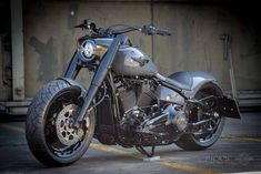 Old Classic Harley-Davidson Motorcycles Harley Fatboy, Harley Davidson Chopper, Hd Fatboy, Harley Davidson Road King, Harley Davidson Custom Bike, Harley Davidson Pictures, Classic Harley Davidson, Used Harley Davidson, Harley Bikes