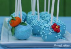 Cinderella+Cake+Decorations | These pearls were sprinkled on right after the cake pops were dipped ...