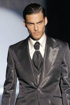 that tie...that tie! WoW ~ shiny greys = silvers? DIFFERENT? Frm bd: Mister Man