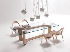 Développées pour la marque italienne Alternative, Paco Camús a conçu deux pièces de mobilier très épurées: Sharon et Denise.