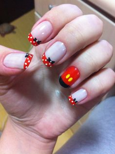 mr and mrs mouse nail art