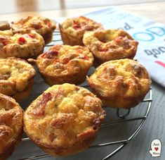 I love easy recipes and it does not get much easier than this one, perfect for lunch boxes, or an easy snack or brunch! Think of this quiche as a mini omelette, simple to make, Savory Snacks, Easy Snacks, Yummy Snacks, Healthy Snacks, Easy Meals, Savoury Recipes, Savory Breakfast, Breakfast Recipes, Breakfast Quiche