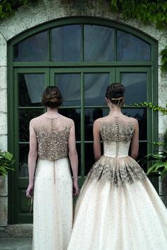 Jesus-Peiro-2015-Bridal-Collection-Beautiful-back-detail