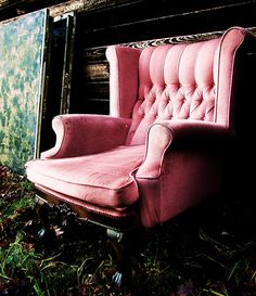 I want to sit here with a glass of red wine... delicious  !         The Pink Chair:) By Alexandr Rhys Boardman (Abstract Artist)