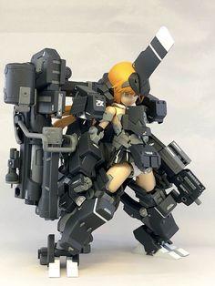Powered Exoskeleton, Mecha Suit, Frame Arms Girl, Cool Robots, Robot Girl, Robot Concept Art, Mecha Anime, Anime Figurines, Mechanical Design