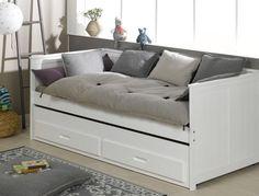 Le lit gigogne va indéniablement séduire vos enfants de par sa fonctionnalité et ses lignes pures. A découvrir sur http://www.chambrekids.com/s/28061_138063_lit-enfant-blanc-ella
