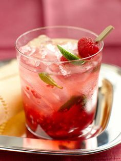 2 oz. Cupcake Vodka10 raspberries4 mint leaves1 oz. lemon-lime soda1½ tsp. lime juiceMuddle raspberries and mint leaves in a cocktail shaker. Add ice and remaining ingredients. Shake and strain into a glass.Source: Cupcake Vodka Courtesy Image -Cosmopolitan.com