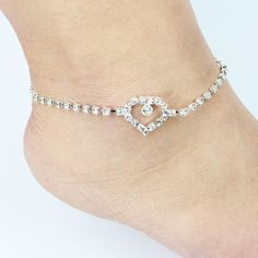 Like and Share if you want this  1pcs 2016 Fashion Hot Sell Bright Crystal Hollow Out Heart Anklet For Women Foot Jewelry Wholesale 8933     Tag a friend who would love this!     FREE Shipping Worldwide     Buy one here---> http://jewelry-steals.com/products/1pcs-2016-fashion-hot-sell-bright-crystal-hollow-out-heart-anklet-for-women-foot-jewelry-wholesale-8933/    #bracelet