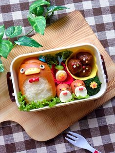 Kawaii food penguin bento