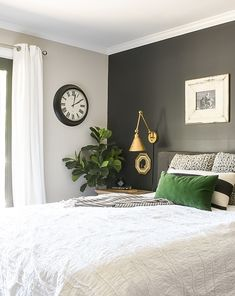 A great stash of home decor essentials allows you to easily rotate decor to create beautiful spaces Love Your Home, Design Your Home, House Design, Ikea Bedroom, Home Decor Bedroom, Bedroom Ideas, Bedroom Colors, Malm, Sofa Deals