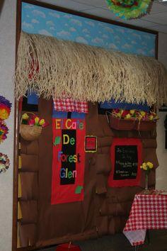 Forest Glen Hispanic Festival Bulletin Boards - 2007 School Hallway Decorations, Hallway Decorating, Classroom Decor, School Hallways, School Doors, Spanish Teacher, Spanish Class, Foam Crafts, Arts And Crafts