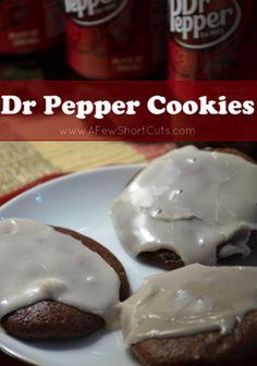 dr pepper cookies: just choc. cake mix, dr pepper, and powder sugar? Cookie Desserts, Fun Desserts, Cookie Recipes, Dessert Recipes, Crinkle Cookies, Cake Mix Cookies, Cupcakes, Dr. Pepper, Gourmet