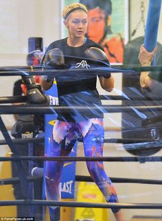 Gigi Hadid honed her enviably toned model physique with an energetic boxing session at New York's Gotham Gym on October 9, 2014 http://dailym.ai/1sHS7im