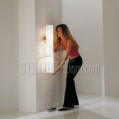 De Mayo Carre' SV Sospensione Verticale Diffusore in vetro bianco satinato, montatura in metallo cromo satinato.
