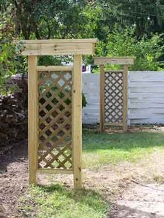 I need to make a trellis clothes line for our backyard. Backyard Projects, Outdoor Projects, Diy Clothesline Outdoor, Outdoor Clothes Lines, Wooden Trellis, Enjoy The Sunshine, Outdoor Living, Outdoor Decor, Garden Structures