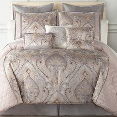 Bedding Sets for Luxury Homes – Best Bed Linen Ever Designer Comforter Sets, King Comforter Sets, Oversized King Comforter, Bed Ensemble, Clean Bed, Restoration Hardware Bedding, Toddler Girl Bedding Sets, Bedding Sets Online, Luxurious Bedrooms
