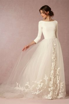 Winter wedding dresses: 17 beautiful bridal gowns for your winter wedding