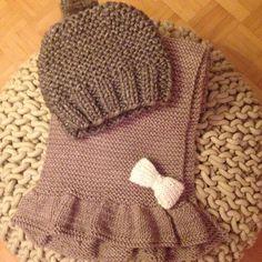 Je suis prête! L'hiver peut venir❄️⛄️⛄️⛄️ #mllesophie #echarpeavolants #joulypouce #bonnetminute