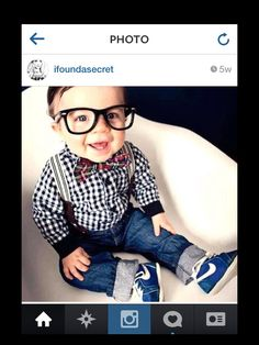 Baby outfit geek... I know someone who dress there baby just like this!!! So cute! :)