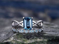 Ideas wedding rings solitaire set emerald cut for 2019 Weding Rings Sets, Blue Wedding Rings, Wedding Rings Solitaire, Engagement Rings, Wedding Band, Wedding Stuff, Dream Wedding, Wedding Ideas, Buy Diamond Ring