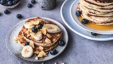 Lise Finckenhagen: Tre måter å bruke opp de brune bananene på - Godt.no Pancakes, Deserts, Cooking Recipes, Baking, Breakfast, Food, Norway, Drinks, Mini