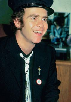Elton John is so darn cute!