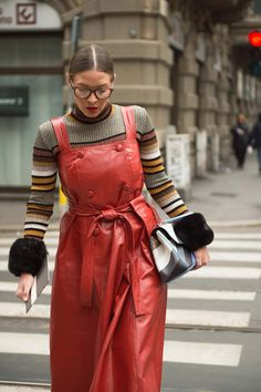milan street style: do not show to elders