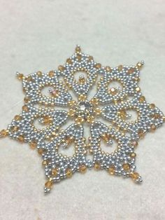 Christmas Snowflake.  Pattern by KDDesigns.