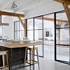 10 ideas and solutions to open the kitchen to the living room Small Apartment Interior, Apartment Kitchen, Küchen Design, House Design, Ikea Furniture Hacks, Appartement Design, Inexpensive Furniture, Minimalist Kitchen, Small Apartments