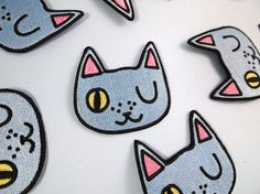 Winking cat patch  Iron on patch  sew on patch  by ilikeCATSshop