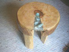 Beistelltische - Holztisch mit Edelsteinen - ein Designerstück von Adriani-Lada bei DaWanda
