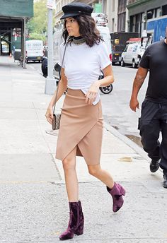 Granted, there's a lot to love about this getup from Kendall Jenner. But set aside your affection for all-things-velvet and cast your heart eyes on that hat. Striking the perfect balance between 'model off duty' and 'I mean bizniz', Kenny's cap is the cherry atop a sartorially sweet cake