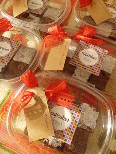 Pedido de Cajitas navideñas con brownies artesanales mixtos (con y sin nueces)