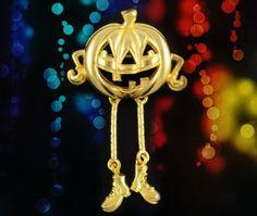 Vintage VERO Halloween Brooch Pin..Pumpkin Pin..Jack-O-Lantern Pin..Dangling Jewelry..Halloween Gift..Gold EP 80's NOS Retro Costume by UniqueTrinkets4u #uniquetrinkets