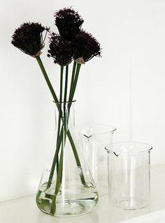 Vintage Pyrex Funnel Vase pillolondon.com
