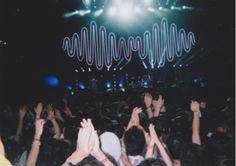 Artic Monkey's show Vampire Weekend, Alex Turner, Hate People, Types Of Music, Indie Music, Arctic Monkeys, Pop Punk, Music Is Life, Jukebox