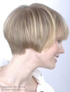 Ear length haircut for women with blonde hair. Very short bob.