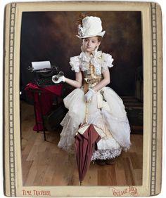 More mini steampunk Steampunk Kids, Steampunk Wedding, Steampunk Clothing, Steampunk Fashion, Victorian Fashion, Steampunk Drawing, Steampunk Cosplay, Renaissance Clothing, Gothic Steampunk