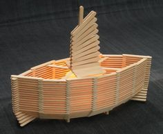 This is another summer vacation craft. I saw this lamp in a stationary shop as a kit so I simply drew up the plans to make my own. It really is so simple to glue popsicle sticks together and slowly. Popsicle Stick Boat, Popsicle Crafts, Craft Stick Crafts, Popsicle Stick Crafts For Adults, Craft Sticks, Fun Crafts For Kids, Arts And Crafts, Glace Diy, Toothpick Crafts