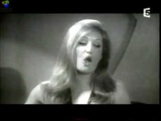 Dalida avec Alain Delon **Paroles, Paroles**