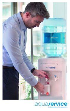Dispensadores de agua, la solución para hidratarte: http://blog.aquaservice.com/dispensadores-de-agua-hidratacion/