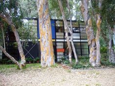 The Eames House (Case Study #8) and The Stahl House (Case Study #22)#mid century, #architecture, #MCM, #modern, #design, #modernism