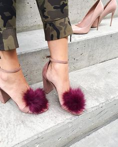 Trendy High Heels For Ladies : Picture DescriptionWild Thing. Add a little furry fun to your beloved heels with brand new pompom clips Hegedus. Cute Heels, Lace Up Heels, Pumps Heels, High Heels, Diy Vetement, Pretty Shoes, Aldo Shoes, Formal Shoes, Girls Shoes