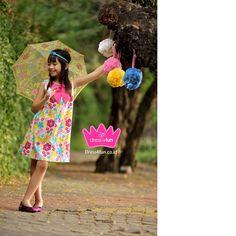 summer flower dress Summer Flowers, Flower Dresses, Lily Pulitzer, Kids Fashion, Mom, Child Fashion, Floral Dresses, Kids Outfits, Mothers