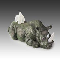 Pinto rhinoceros with a bird (tinguaite, cacholong). Sergey Falkin workshop. Носорог пятнистый с птицей (тингуаит, кахолонг). Мастерская Сергея Фалькина