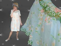 Plus Size Vintage Summer Robe  Early 60s by LunaJunctionVintage